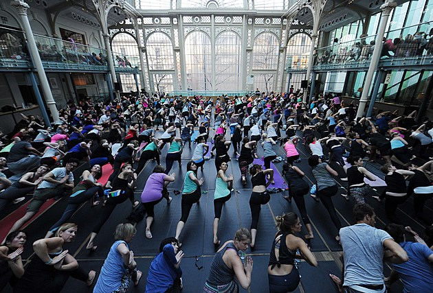 lululemon Athletica Hosts A Yoga Class For Hundreds Of People At The Royal Opera House To Celebrate Store Opening
