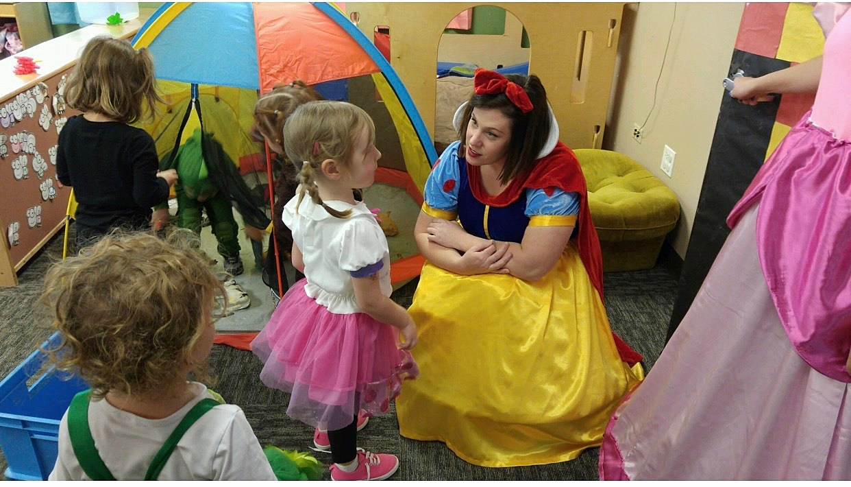 Snow White with Kids