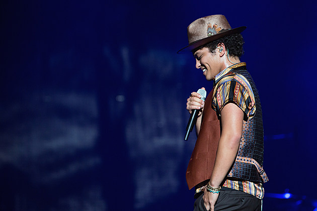 Bruno Mars - Moonshine Jungle Tour - Staples Center - Los Angeles, CA