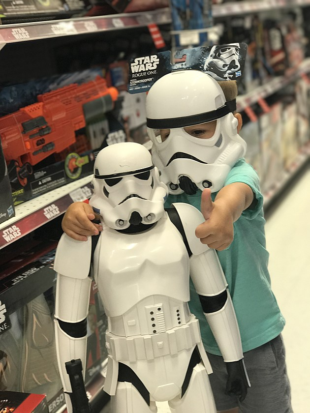 Kekeluv's Son, Lennox, might just have a Star Wars addiction!