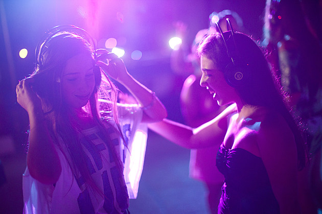 Israeli Youths Celebrate Summer At Silent Disco