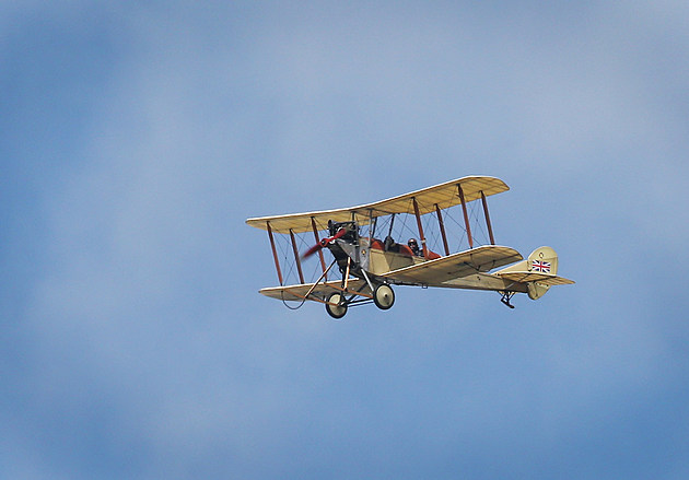 WW1 Centenary Aircraft Depart For France